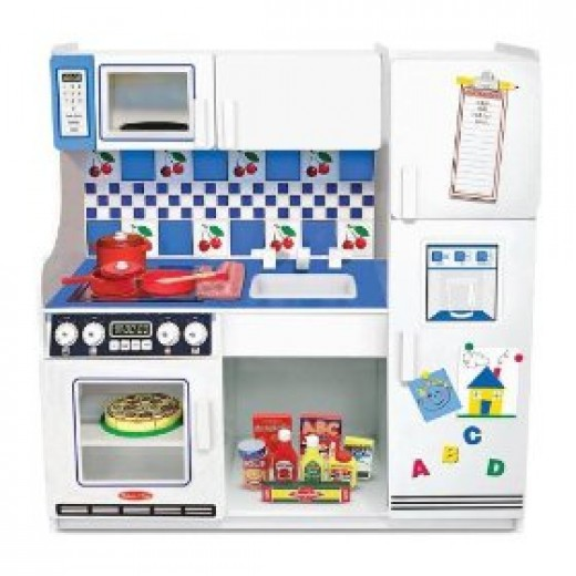 Toy kitchen set from the Melissa & Doug range