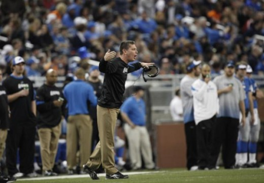 Detroit Lions head coach Jim Schwartz argues against the Chicago Bears during the first quarter of an NFL football game in Detroit, Sunday, Jan. 3, 2010. (AP Photo/Paul Sancya)