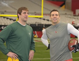 Aaron Rodgers and Kurt Warner (Jim Biever/Packers.com)