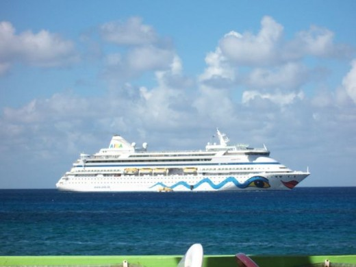 Myths about Cruises,bandini, morguefile.com