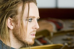 Tim Minchin - Australian, Piano Playing, Song Singing, Eyeliner Wearing Comedian!