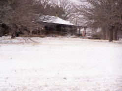 My house, side view, Christmas Eve 2009. Rare snow for Texas!