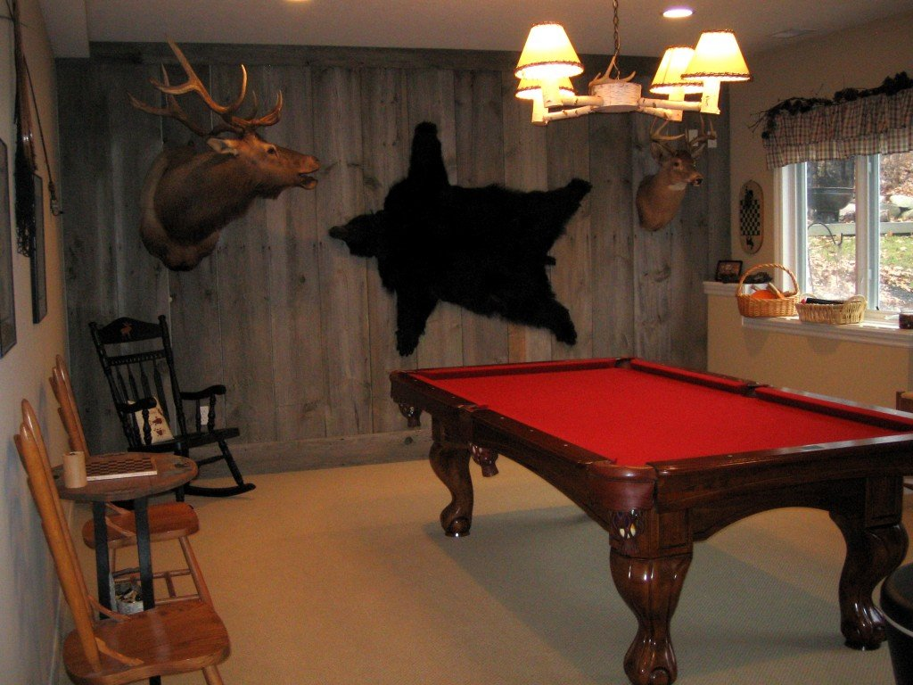 Livin lodge basement remodel game room for Basement billiard room ideas