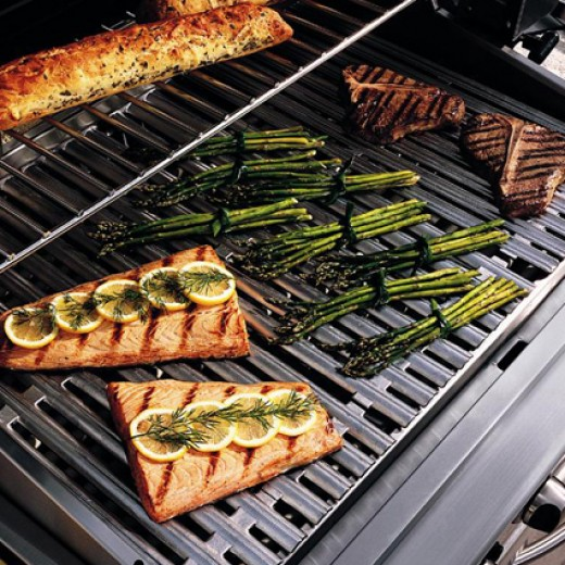 This DCS (Dynamic Cooking Systems) barbeque grill sears fish fast and hot to lock in moist flavor.