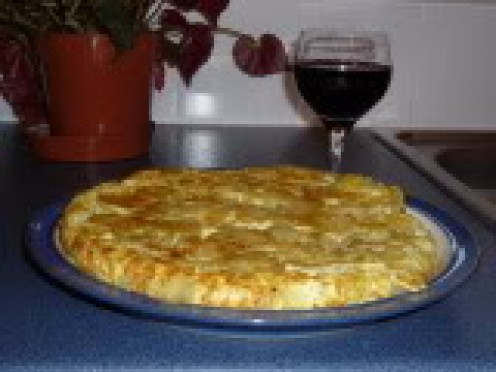 tortilla accompanied by a good red wine ...by chabbie5 at photobucket
