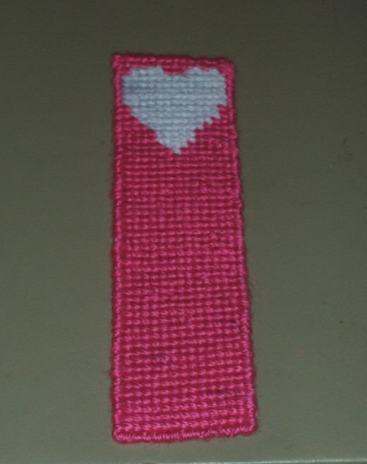 Here is the lovely Valentine's Day bookmark I created for a loved one.  An aesthetically pleasing gift for those who are on a budget.