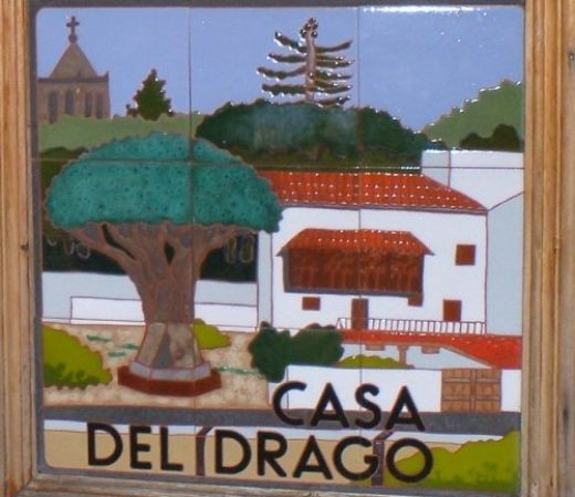 Decorative panel in Icod depicting the Drago Milenario