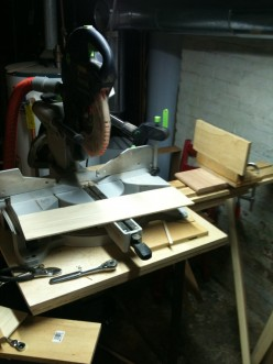 DIY Mitre Saw Backstop: faster, more accurate repeated cuts