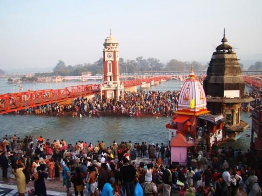 Har Ki Pauri, the main bathing spot at Hardwar 2