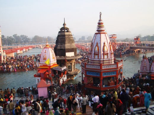 Har Ki Pauri, the main bathing spot at Hardwar 3