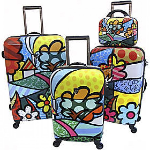 Heys USA Britto Collection-Landscape Pattern      http://www.airlineinternational.net/helacobyrobr.html