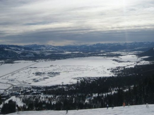 View from the Apres Vous ski lift at the Jackson Hole Mountain Resort