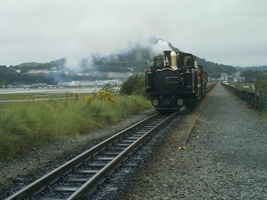 little engines puffing up the cob at Portmadog