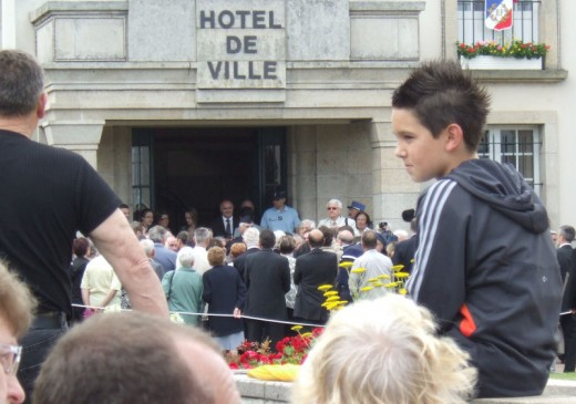 Robert Hebras (on right with white jacket and shoulder strap) 10th June 2009