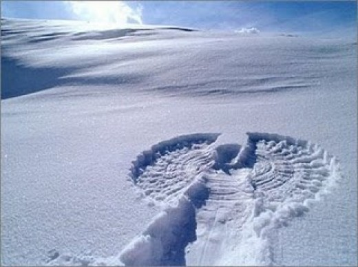 A beautiful Snow Angel - blogspot.com
