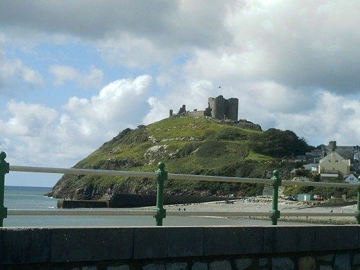 , Criccieth was later annexed and added to by Edward I. Both sides obviously had a high regard for Criccieth's strategic position