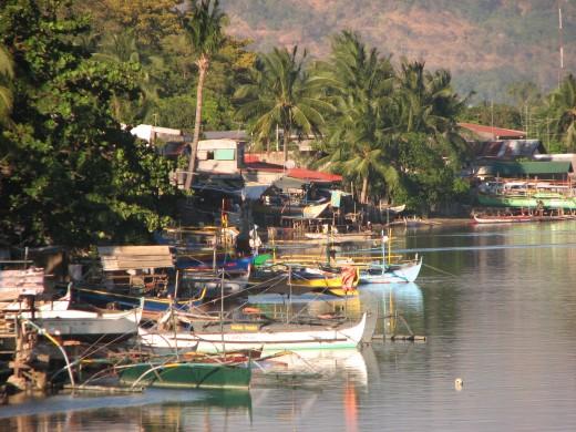 Banka(boats)along the canal off the Kalaklan bridge