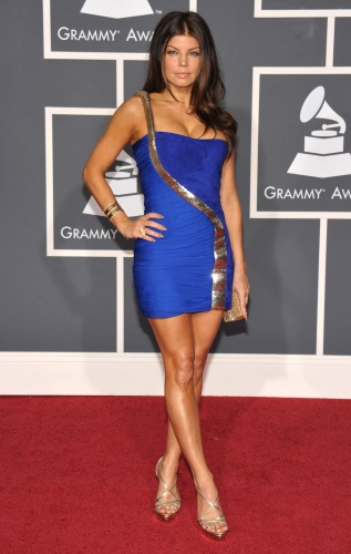 Stacy fergie always does her unique best to wow us.  Nice color for the dress also.