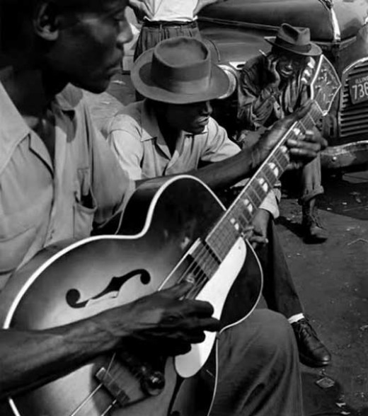 WAYNE MILLER PHOTOGRAPH OF CHICAGO BLUES MUSICIANS 1940s