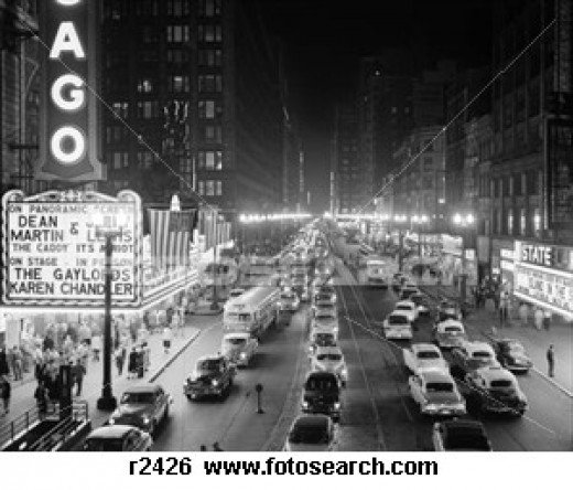 CHICAGO AT NIGHT IN THE 1950s