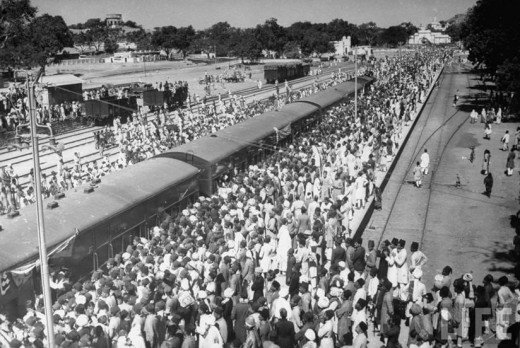 Hajis Departing from Nampally Rlwy station