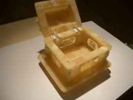White amber jewelry box amberworkshop.com