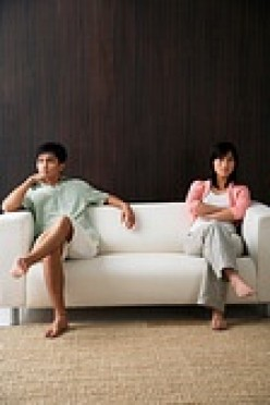 IS YOUR HUSBAND CHEATING? - 10 THINGS TO DO TO SAVE YOUR MARRIAGE FROM DIVORCE