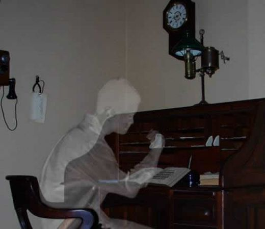 http://www.washingtonjobpost.com/images/ghostwriter.jpg