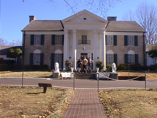 Elvis' Mansion in 2001