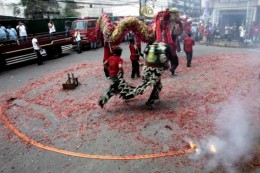 DRAGON DANCE http://media.monstersandcritics.com/
