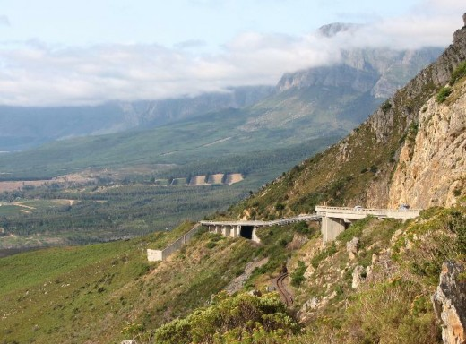 "Sir Lowry's Pass, Cape Provence, South Africa, ""the nekkies""."