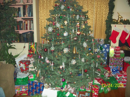 My tree runneth over with Christmas gifts!
