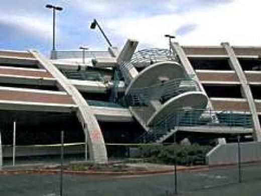 Northridge, CA 1994 FEMA News Photo