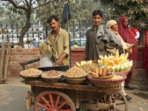 Vendors outside the Fort