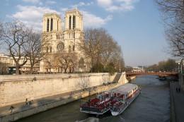Notre Dame Bateau Mouche, Paris