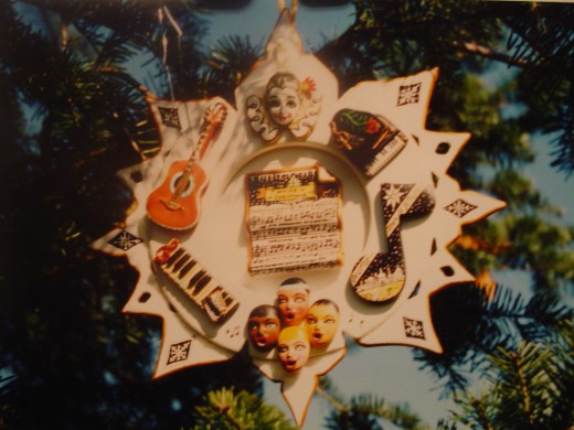 A Christams ornament that I made  for the Clinton's White House years..it hung in the blue room and it is now in the Smithsonian.
