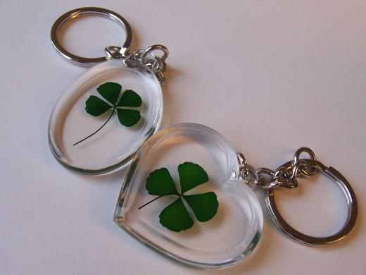 4 leaf clover key rings
