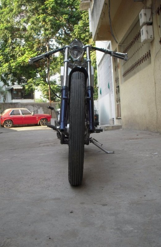 Yamaha Custom chopper rear pic