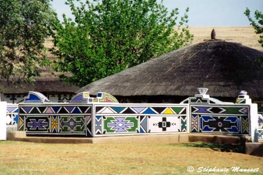 Ndebele house in South Africa   made similar to straw-bale and adobe construction