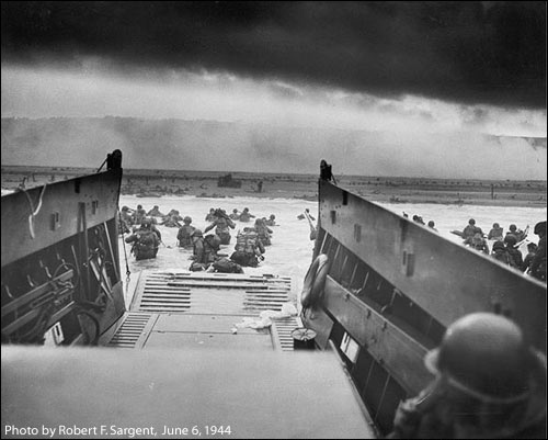 American Soldiers landing in 1944 (from military archives)
