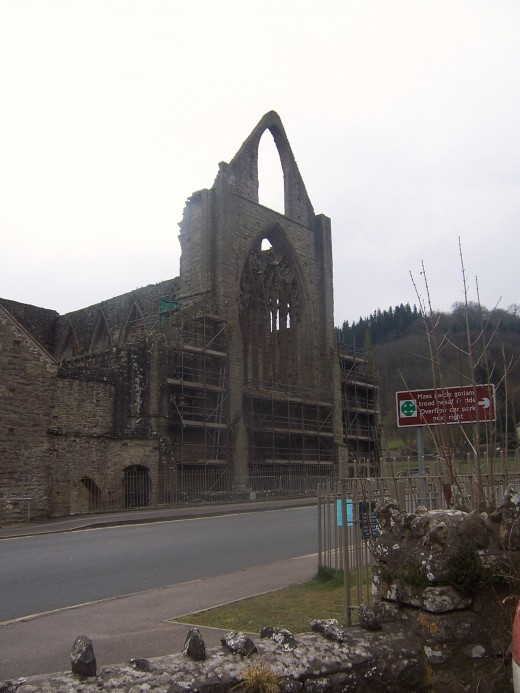 Tintern Abbey-March 2006