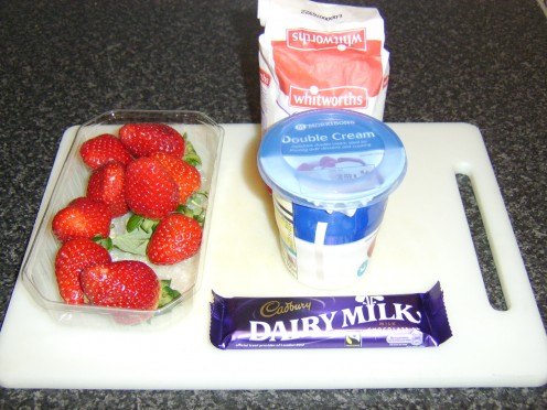 Easy Strawberry Fool Recipe Ingredients