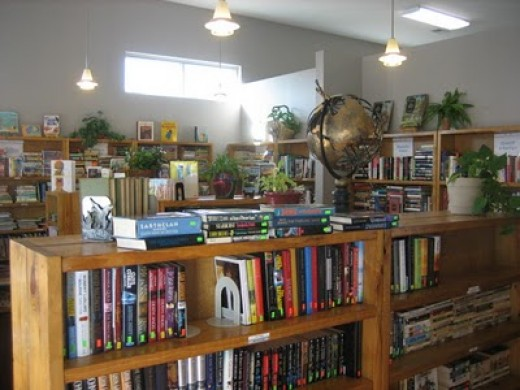How to Make Extra Money - Goodwill Book Store