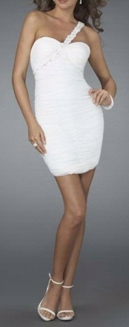 White prom dress - photo credit: prom-dresssquidoo.com