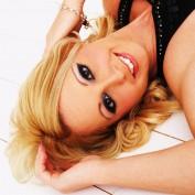 Vivarose profile image