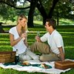 A picnic is a great way to have a memorable and affordable date, where you can both share your love.