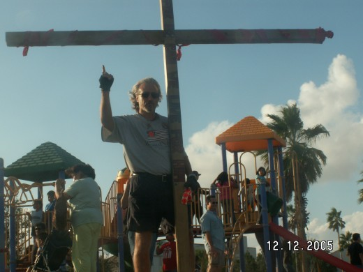 Raising the Cross in Harlingen at a place called Praise in the Park