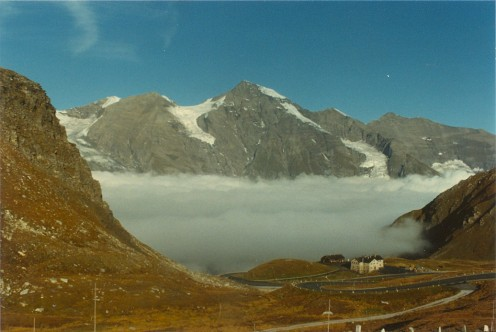 The Grosses Wiesbachhorn (3564 meters) from the Hochalpenstrasse.