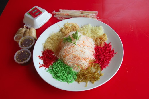 "Ingredients to make the ""rainbow yee sang"""