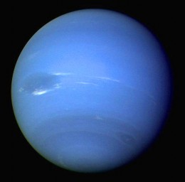 CLICK FOR FULL SIZE IMAGE. Voyager 2 used a narrow-angle camera to photograph Neptune. August, 1989. Courtesy of NASA.